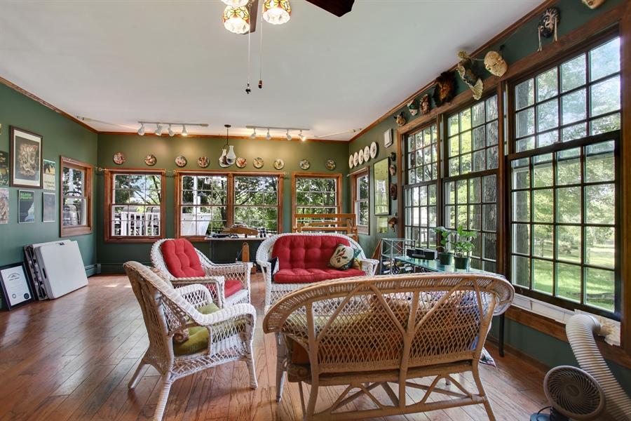 Real Estate Photography - 25550 W Cuba Rd, Barrington, IL, 60010 - Sun Room