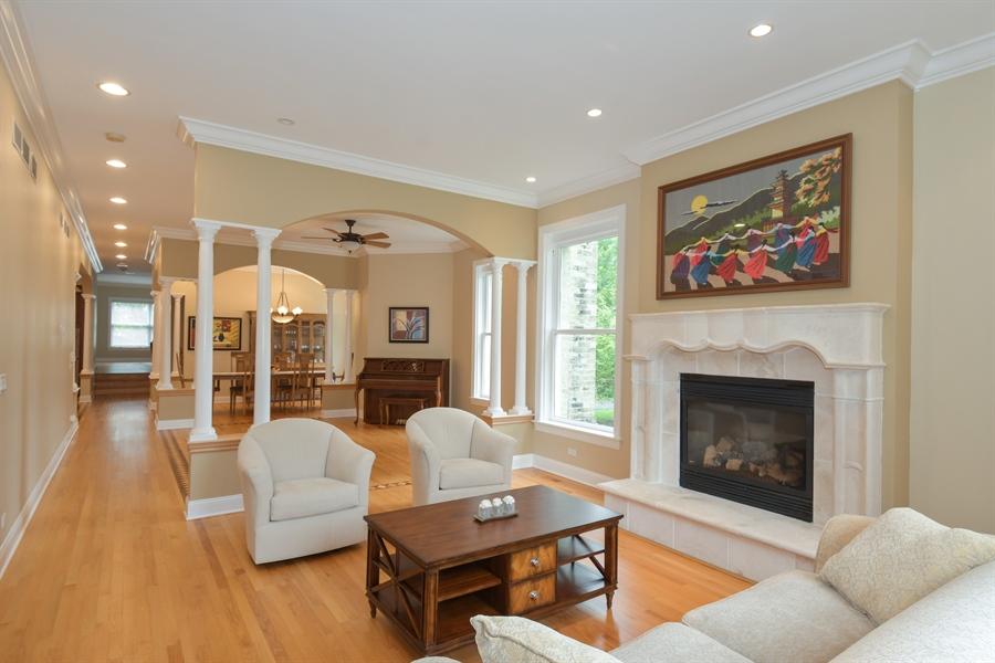 Real Estate Photography - 41 Scott Loop, Highland Park, IL, 60035 - Living Room