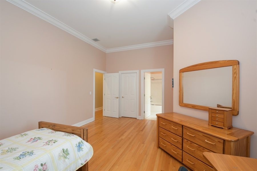 Real Estate Photography - 41 Scott Loop, Highland Park, IL, 60035 - Bedroom