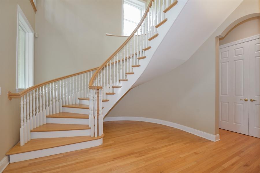 Real Estate Photography - 41 Scott Loop, Highland Park, IL, 60035 - Foyer