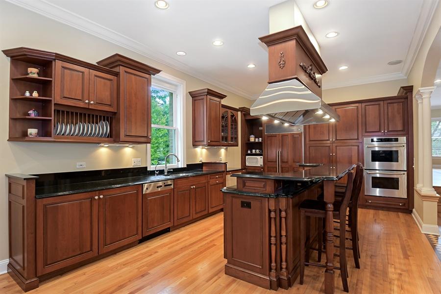 Real Estate Photography - 41 Scott Loop, Highland Park, IL, 60035 - Kitchen