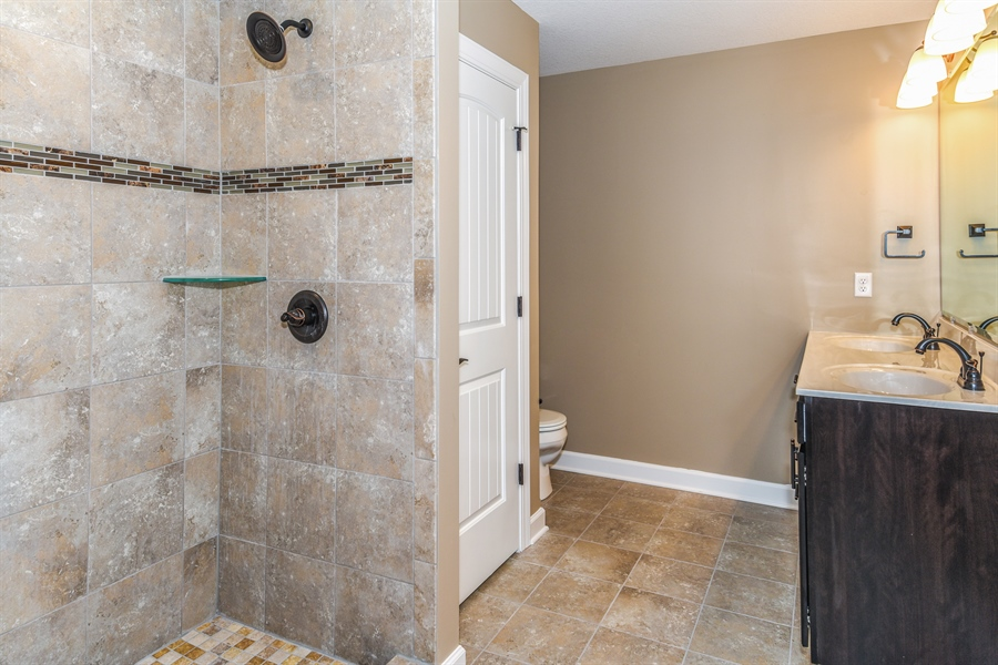 Real Estate Photography - 1670 Eagle Bluff, Bourbonnais, IL, 60914 - Master Bathroom