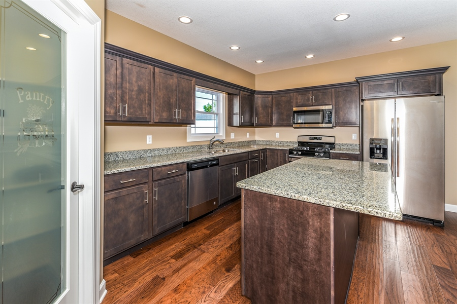 Real Estate Photography - 1670 Eagle Bluff, Bourbonnais, IL, 60914 - Kitchen