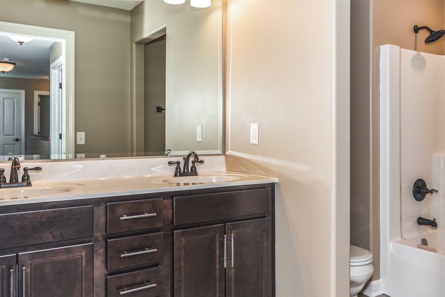Real Estate Photography - 1670 Eagle Bluff, Bourbonnais, IL, 60914 - 2nd Bathroom