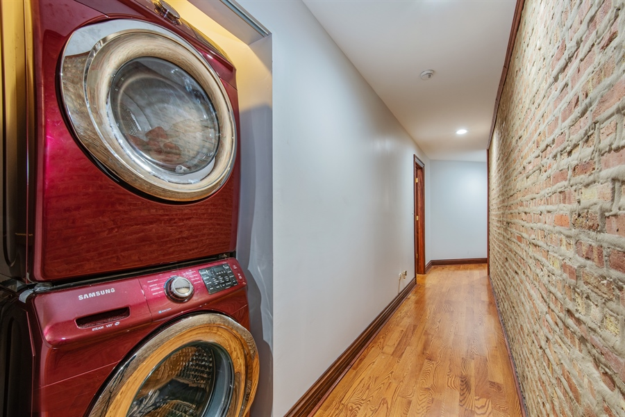 Real Estate Photography - 5634 S Priaire, 2S, Chicago, IL, 60637 - Laundry Room