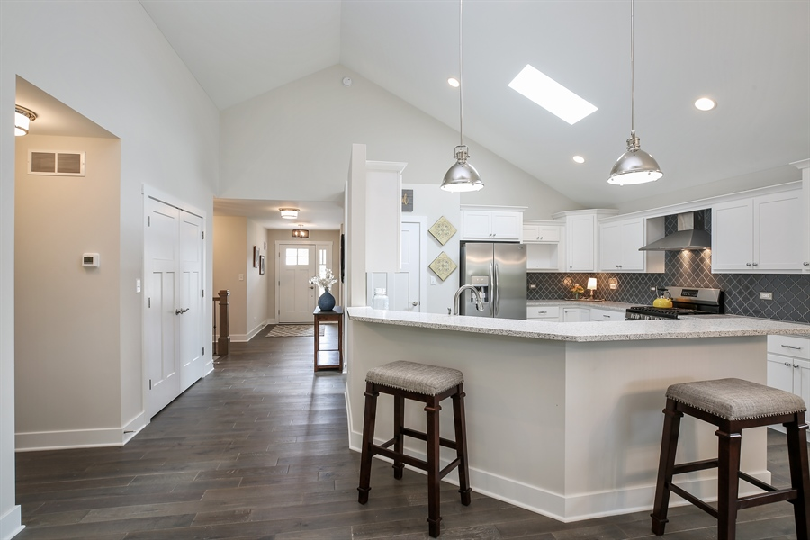 Real Estate Photography - 1025 Oak Grove Court, Crown Point, IN, 46307 - Kitchen