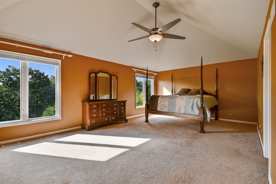 Real Estate Photography - 6n583 Promontory Ct, St Charles, IL, 60175 - Master Bedroom