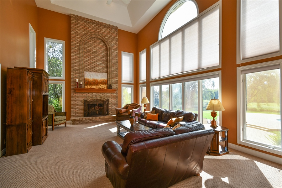 Real Estate Photography - 6n583 Promontory Ct, St Charles, IL, 60175 - Family Room