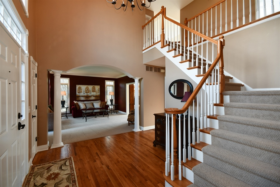 Real Estate Photography - 6n583 Promontory Ct, St Charles, IL, 60175 - Foyer