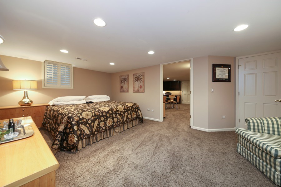Real Estate Photography - 2 Brighton Place, Burr Ridge, IL, 60527 - Bedroom