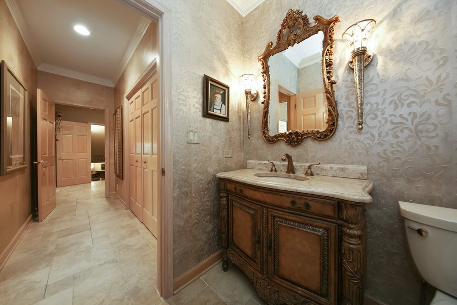 Real Estate Photography - 2 Brighton Place, Burr Ridge, IL, 60527 - Powder Room