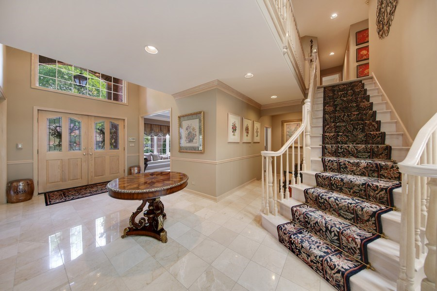 Real Estate Photography - 2 Brighton Place, Burr Ridge, IL, 60527 - Foyer