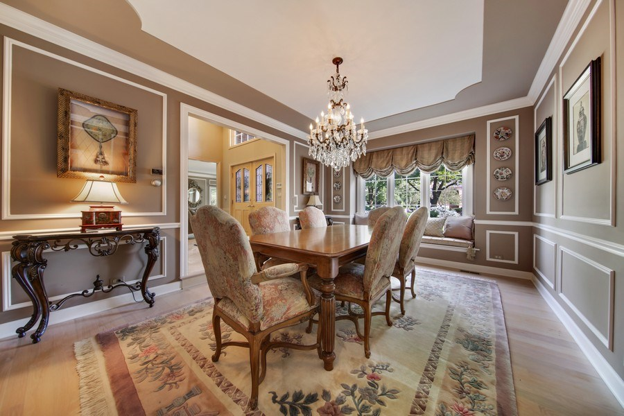 Real Estate Photography - 2 Brighton Place, Burr Ridge, IL, 60527 - Dining Area
