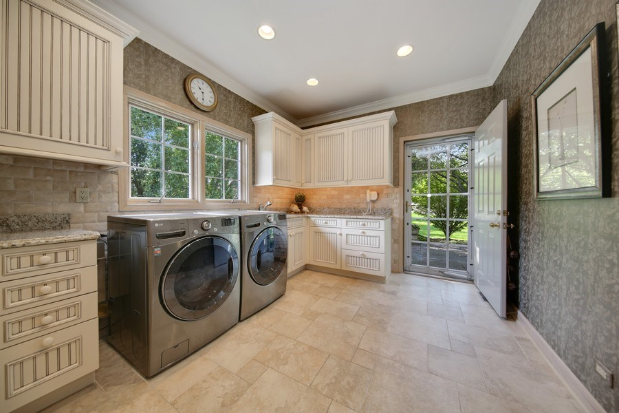 Real Estate Photography - 2 Brighton Place, Burr Ridge, IL, 60527 - Laundry Room