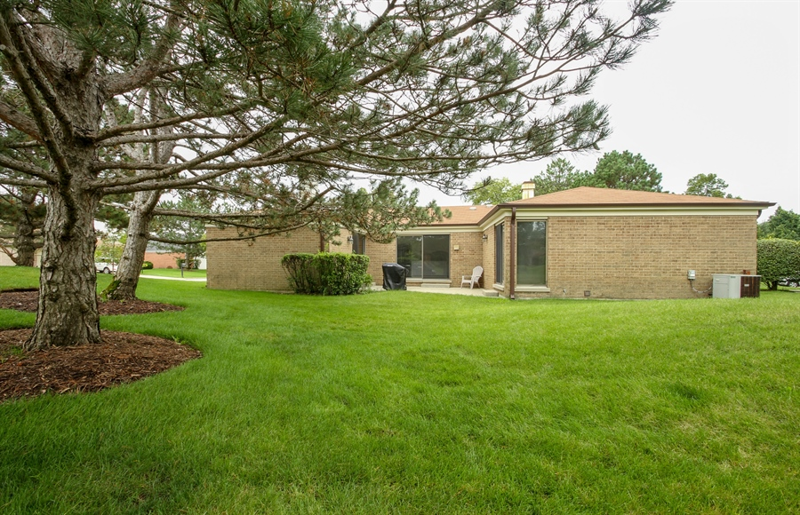 Real Estate Photography - 302 Basswood, Northbrook, IL, 60062 - Rear View