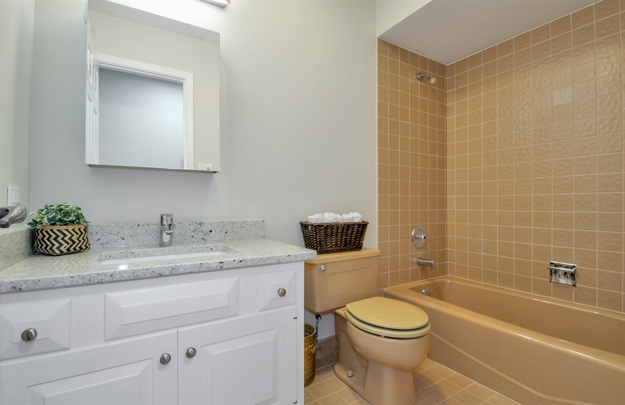 Real Estate Photography - 302 Basswood, Northbrook, IL, 60062 - Bathroom