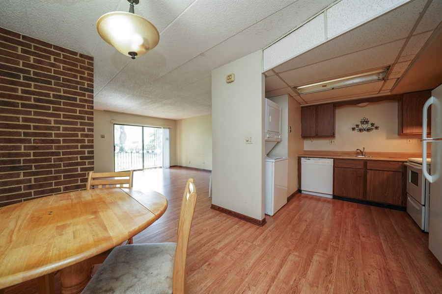Real Estate Photography - 135 E Grand Ave, GF, Bensenville, IL, 60106 - Kitchen / Breakfast Room
