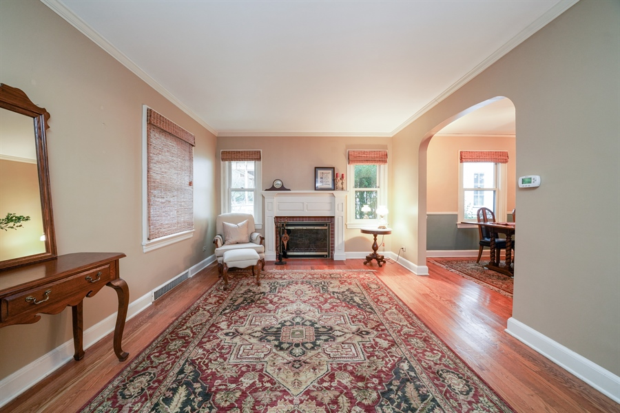 Real Estate Photography - 3932 Grove Ave, Western Springs, IL, 60558 - Beautiful Hardwood Floors throughout