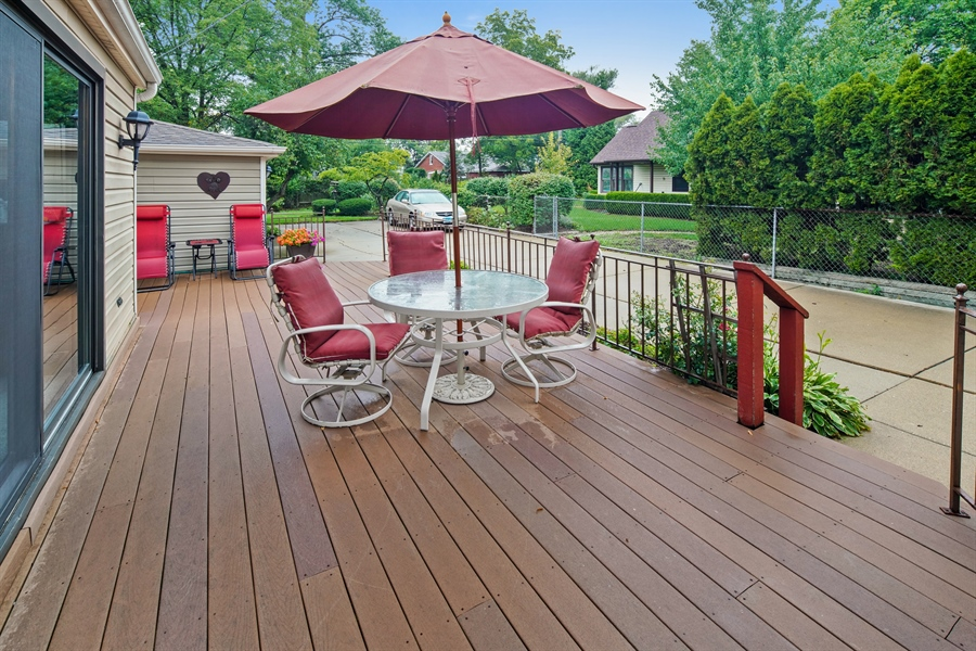 Real Estate Photography - 3932 Grove Ave, Western Springs, IL, 60558 - Spacious Deck ready for entertaining
