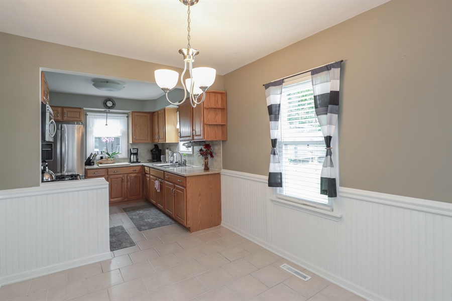 Real Estate Photography - 1428 Pine Grove Ave, Round Lake Beach, IL, 60073 - Kitchen / Breakfast Room