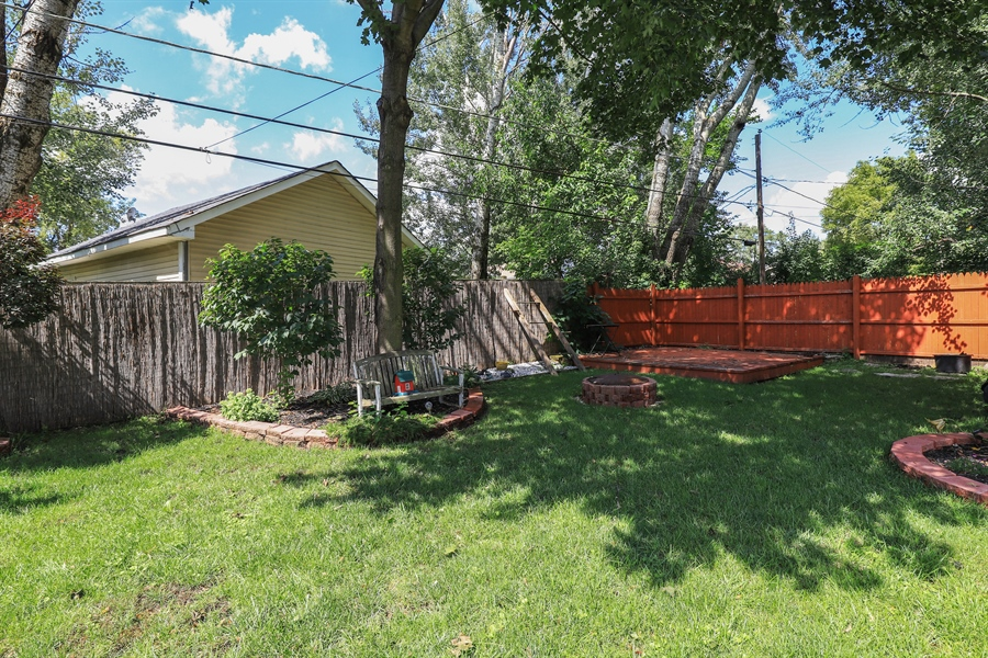 Real Estate Photography - 1428 Pine Grove Ave, Round Lake Beach, IL, 60073 - Back Yard