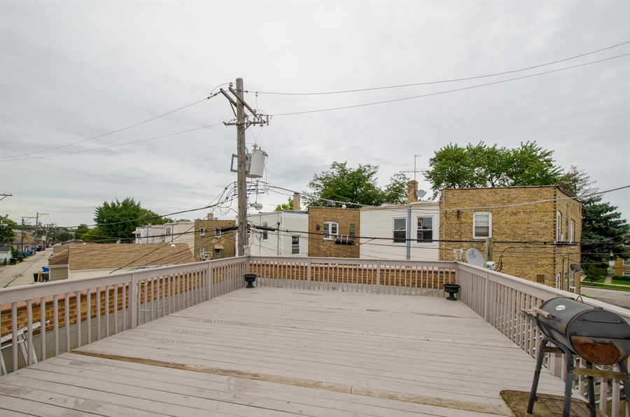 Real Estate Photography - 5481 N Milwaukee, Chicago, IL, 60630 - Deck