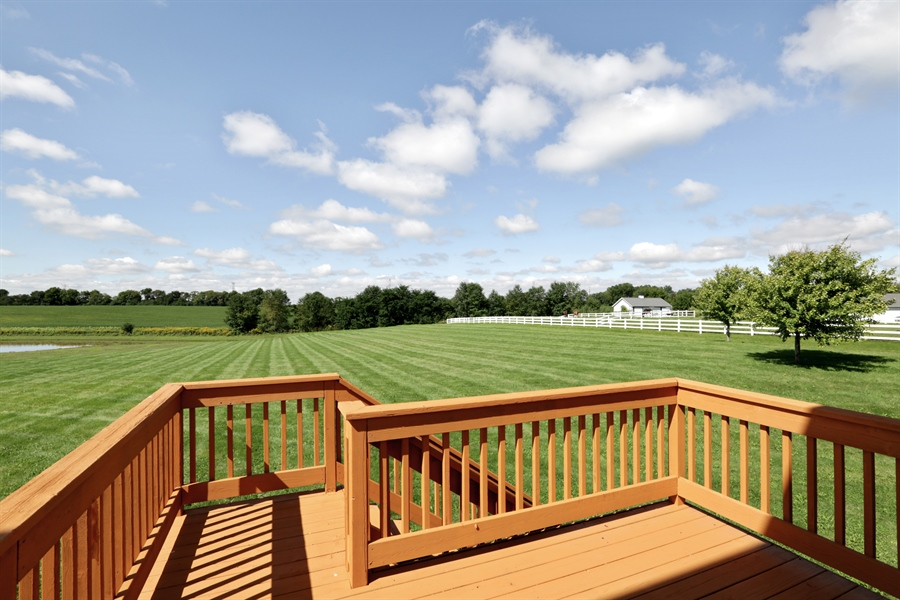 Real Estate Photography - 705 Goodman Ct, Barrington Hills, IL, 60010 - Back Yard