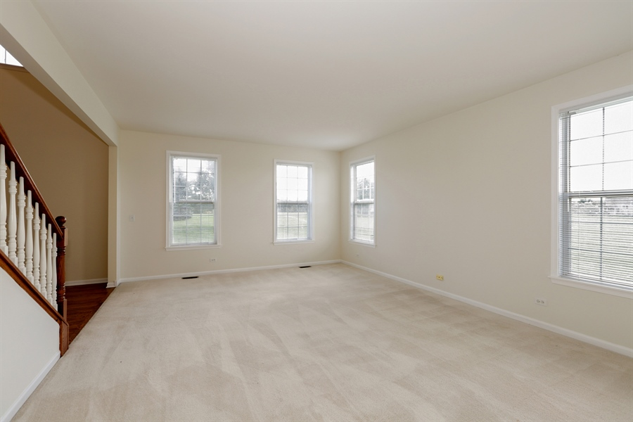 Real Estate Photography - 705 Goodman Ct, Barrington Hills, IL, 60010 - Living Room