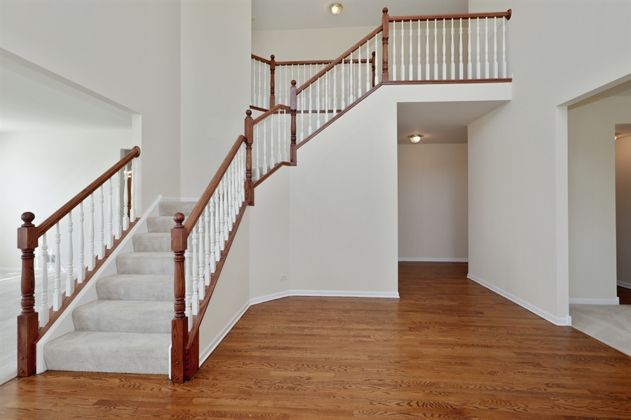 Real Estate Photography - 705 Goodman Ct, Barrington Hills, IL, 60010 - Staircase