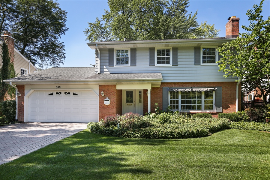Real Estate Photography - 600 Franklin St., Hinsdale, IL, 60521 - Front of Home