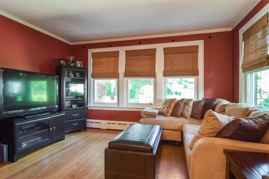 Real Estate Photography - 928 S. Harvard Ave., Villa Park, IL, 60181 - Family Room