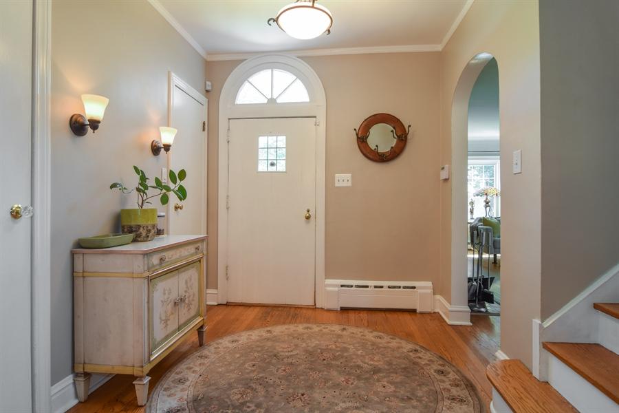 Real Estate Photography - 928 S. Harvard Ave., Villa Park, IL, 60181 - Foyer