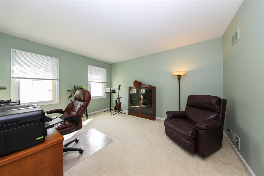 Real Estate Photography - 2510 Mill Creek Ln., Rolling Meadows, IL, 60008 - Bedroom