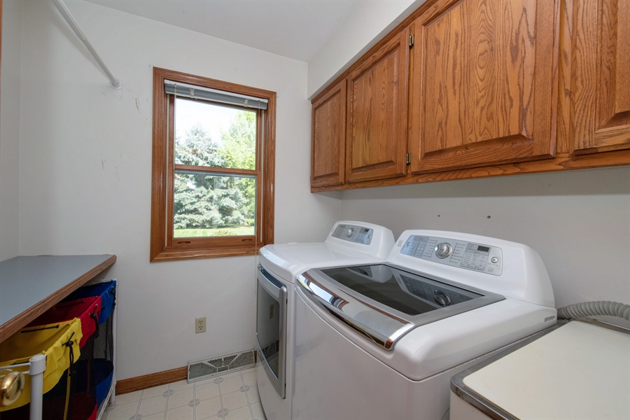 Real Estate Photography - 9326 W Stanford Ct, Mequon, WI, 53097 - Laundry Room