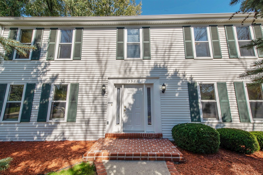 Real Estate Photography - 9326 W Stanford Ct, Mequon, WI, 53097 - Front View