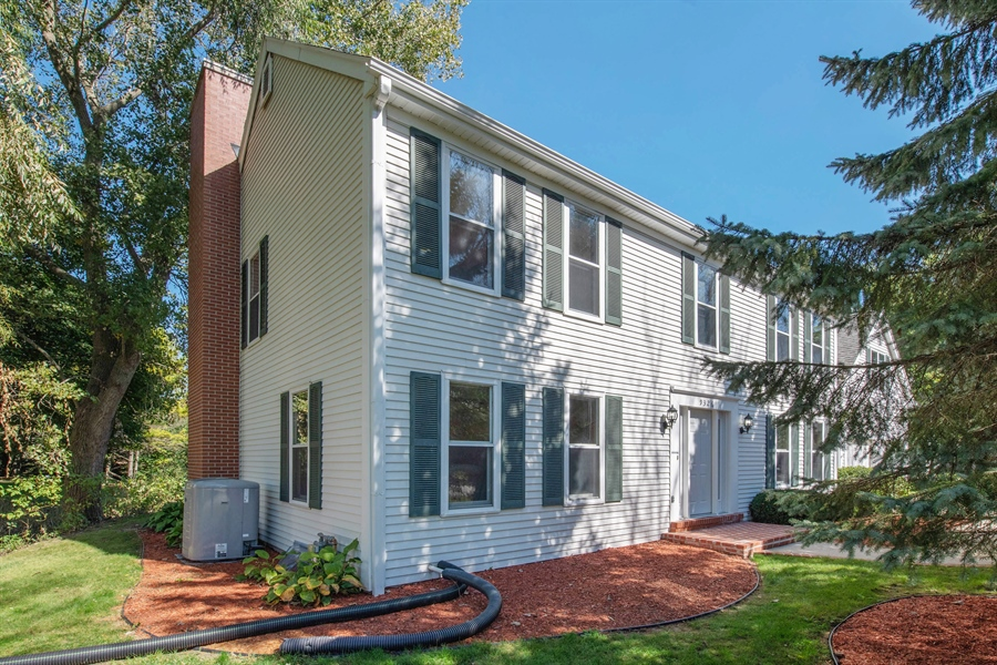 Real Estate Photography - 9326 W Stanford Ct, Mequon, WI, 53097 - Side View