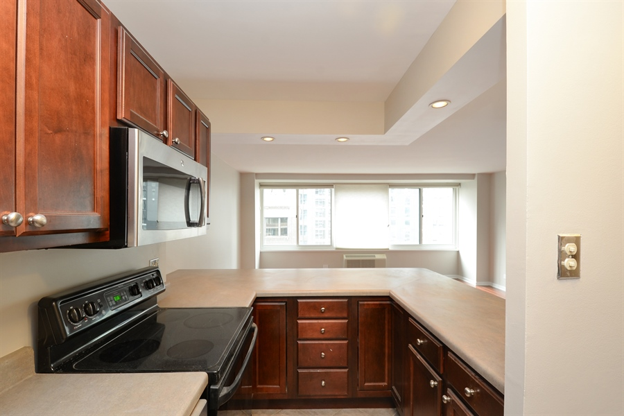 Real Estate Photography - 211 E Ohio, 1024, chicago, IL, 60611 - Kitchen