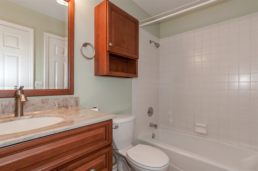 Real Estate Photography - 2060 Childs Ct, Wheaton,, IL, 60187 - Bathroom