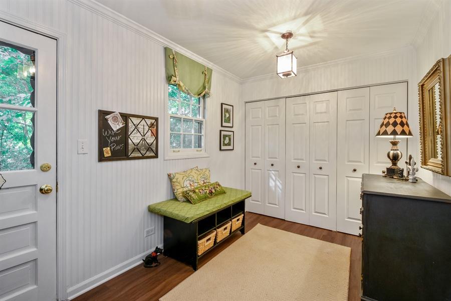 Real Estate Photography - 20 Ashbury Lane, Barrington Hills, IL, 60010 - Laundry Room