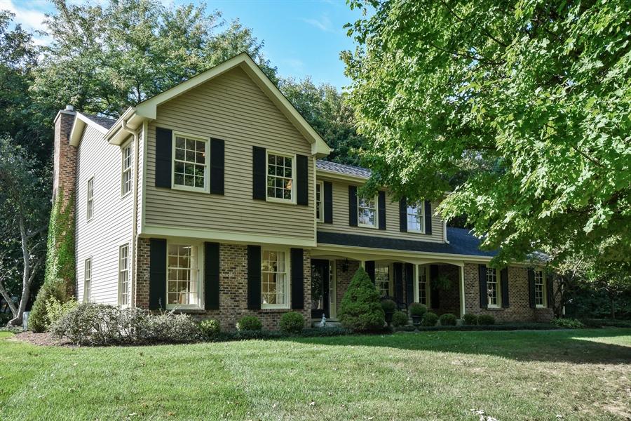 Real Estate Photography - 20 Ashbury Lane, Barrington Hills, IL, 60010 - Front View