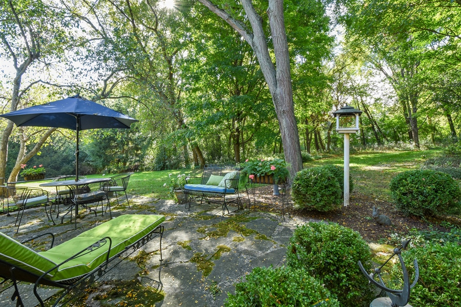 Real Estate Photography - 20 Ashbury Lane, Barrington Hills, IL, 60010 - Patio