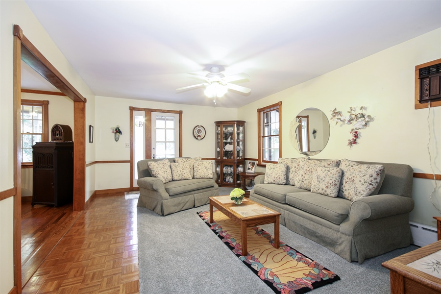 Real Estate Photography - 220 Rust, Willow Springs, IL, 60480 - Living Room