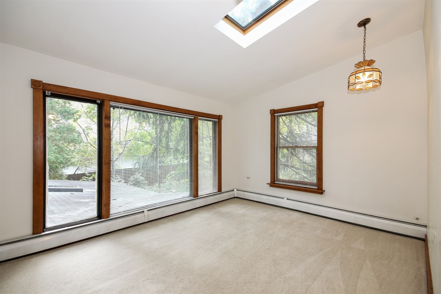 Real Estate Photography - 220 Rust, Willow Springs, IL, 60480 - Loft