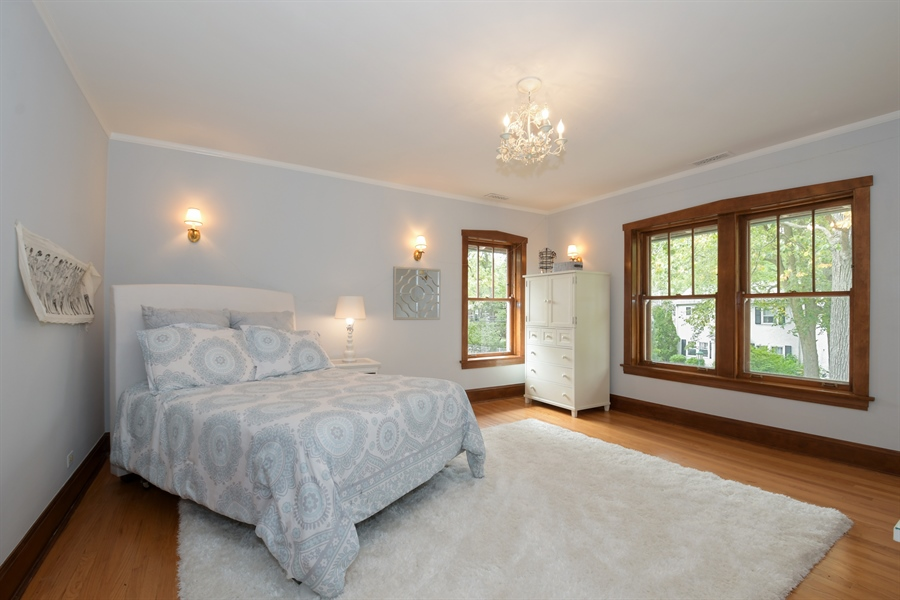 Real Estate Photography - 531 Greenleaf Ave, Wilmette, IL, 60091 - 2nd Bedroom