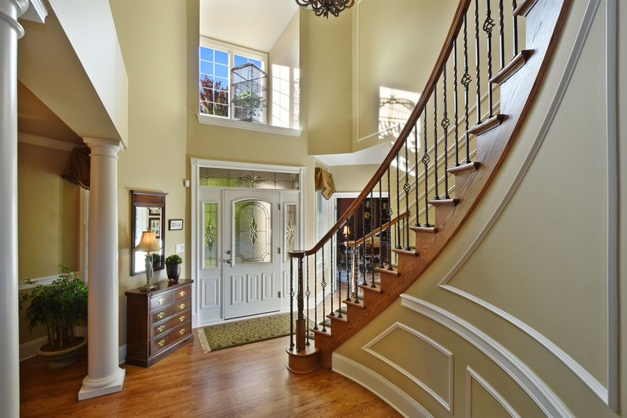 Real Estate Photography - 1012 Ridgeview Drive, Inverness, IL, 60010 - Foyer