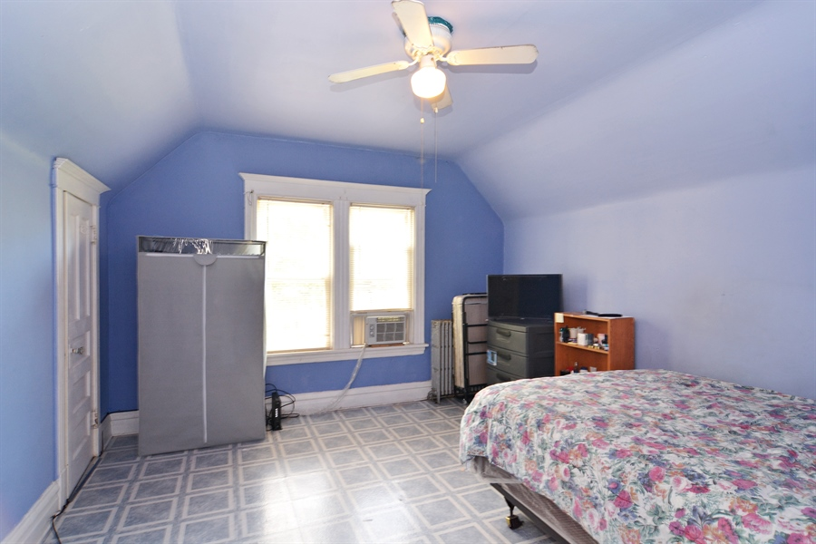 Real Estate Photography - 2431 N. Monticello, Chicago, IL, 60647 - 2nd Bedroom