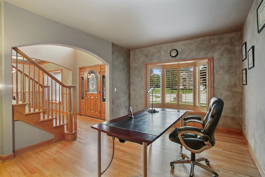 Real Estate Photography - 280 Forest Drive, Addison, IL, 60101 - Office