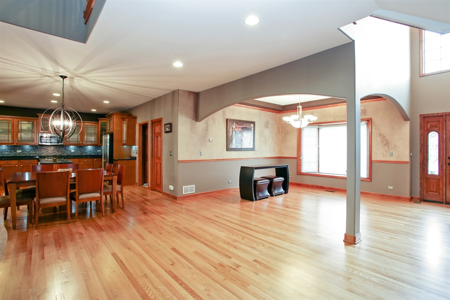 Real Estate Photography - 280 Forest Drive, Addison, IL, 60101 - Kitchen / Living Room