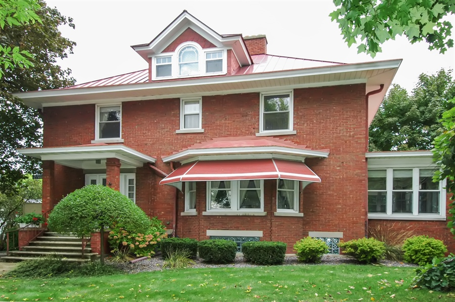 Real Estate Photography - -514 E. Walnut Street, Horicon, WI, 53032 - Front View