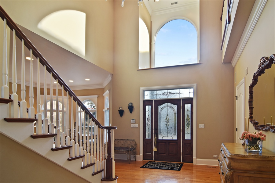 Real Estate Photography - 204 S Evergreen, Arlington Heights, IL, 60005 - Foyer